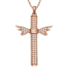 Free Shipping Jewelry Factory Price Women Accessories Fashion Love Gold Jewelry Religious Cross Necklace