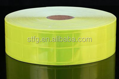 Square grid type reflective pvc tape
