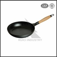 Chinese mini round cast iron skillet with handle