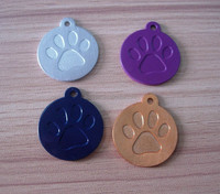 debossed pawprint anodized aluminum pet collar tags/charms