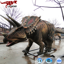 Outdoor attractive animatronic dinosaur Triceratops for museum park