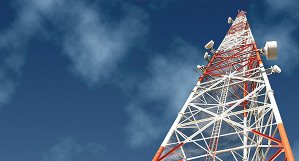 Hot-dip galvanized 3-leg tubular lattice steel telecommunication antenna lattice tower