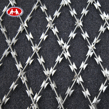 galvanized iron wire/wire mesh fence/barbed wire razor wire mesh wall spike(ISO9001)