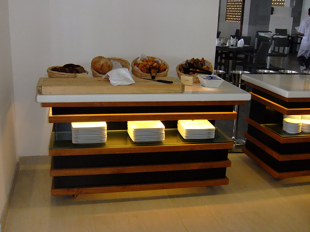Along Bread Bakery Displays For Gift