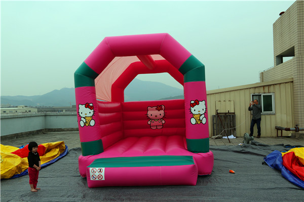 Girls pink hello kitty <strong>inflatable</strong> jumping castles for sale