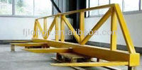 Forklift truck attachment fork spreader