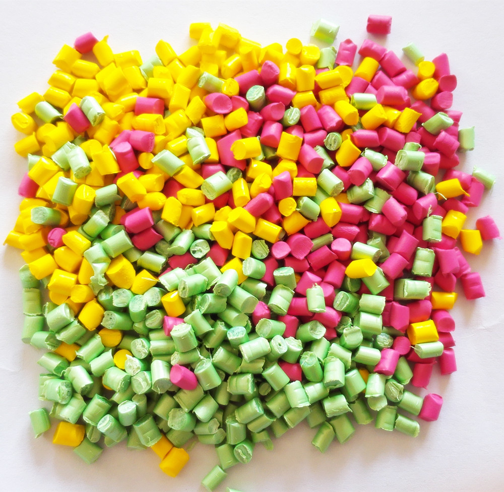 PE/PS/PP/PET/EVA color masterbatches for your plastic products