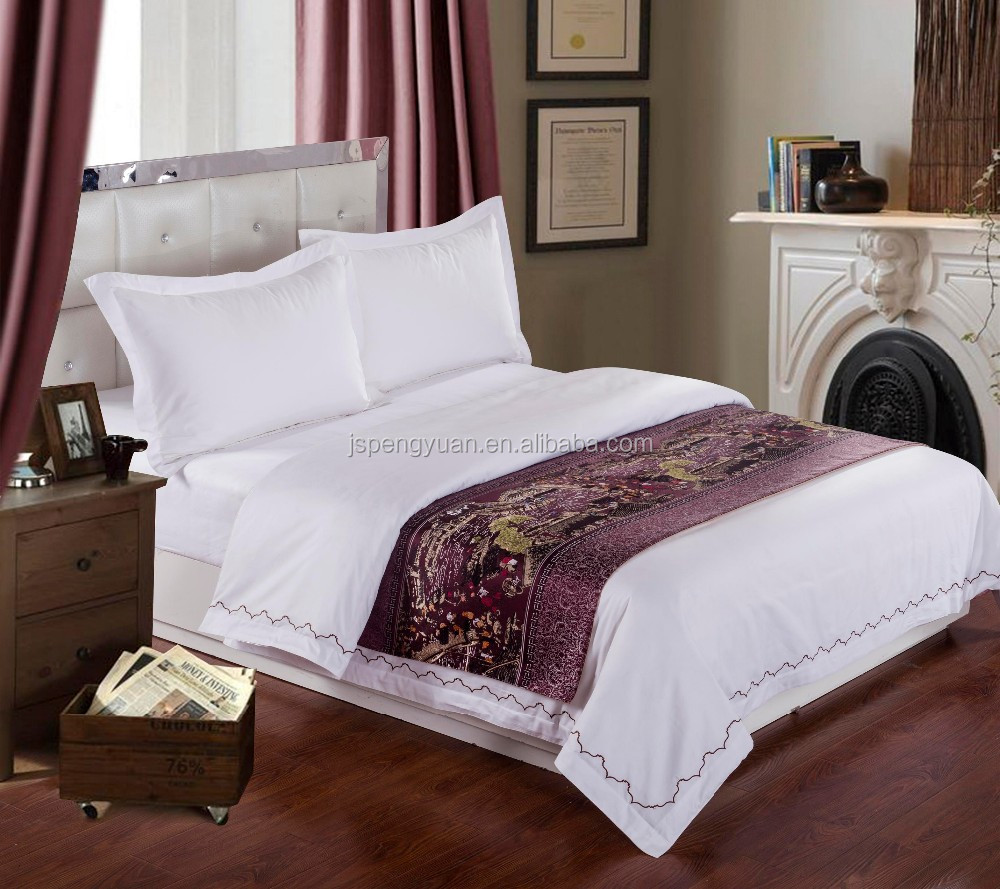 Latest hotel designs Luxury King Size Jacquard Star Hotel Bed Scarves and Runners