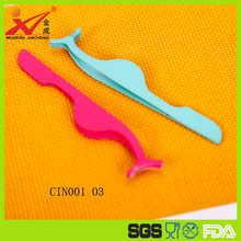 Colorful rubber plastic material multifunctional eyebrow tweezer popular used for beauty salon