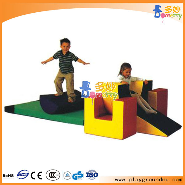 Most Attractive Indoor Walking Tunnel Size Soft Play for Children Items