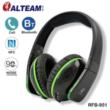 Wireless bluetooth noise cancelling bass headphones with 3.5mm jack