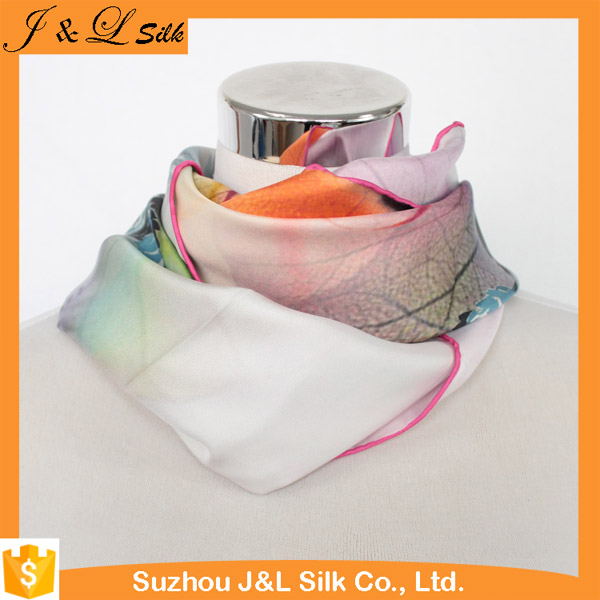 Digital print custom design women silk scarf wholesale china