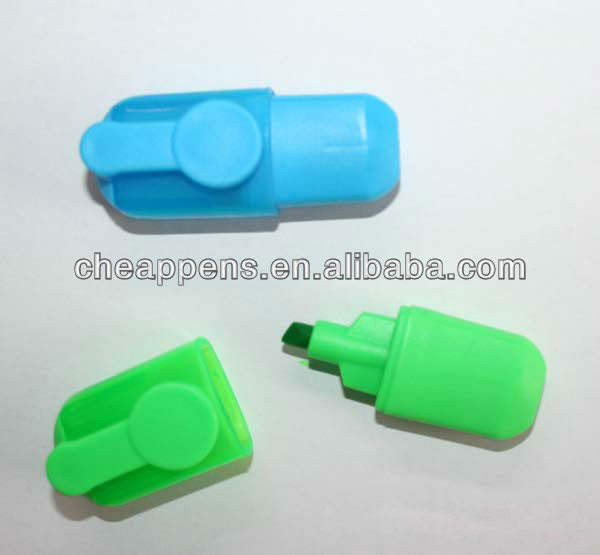 Promotional highlighter pen with sticky paper note