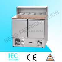 refrigerated pizza counter/pizza prep table with granite top and pan cooler display showcase commercial chiller