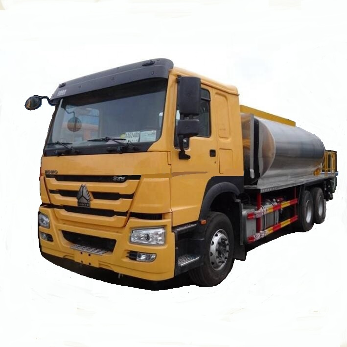 6x4 Sinotruck Howo Asphalt Distributor <strong>Truck</strong> for sale (LHD or RHD)