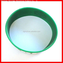 wholesale and fashion silicone bangle