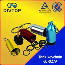 Key chain scuba diving oxygen accessory