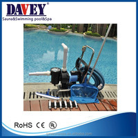 Economic swimming pool cleaning kit, hand vacuum cleaner