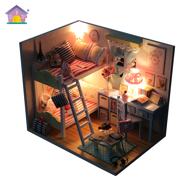 Factory made reasonable price educational toys wooden for kids doll house