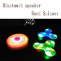 Muti-function Toys mini bluetooth speaker hand spinner