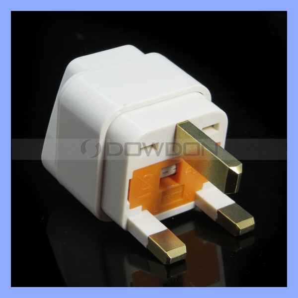 UK Type Plug With Safety Fuse Wire Power Adapter Universal Socket To 3 Pin UK Plug 16A 240v Travel Adapter