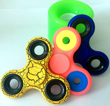 Hot sales EN71 DOC SGS CE certification fight spinner fidget toy hot Sale Anti Stress Tri fidget hand spinner Bearings