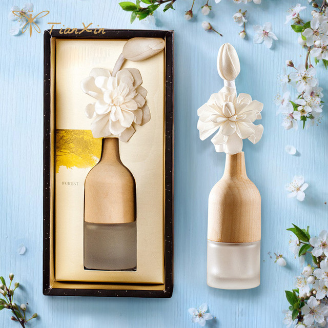 wine bottle reed diffuser with paper flower as gift