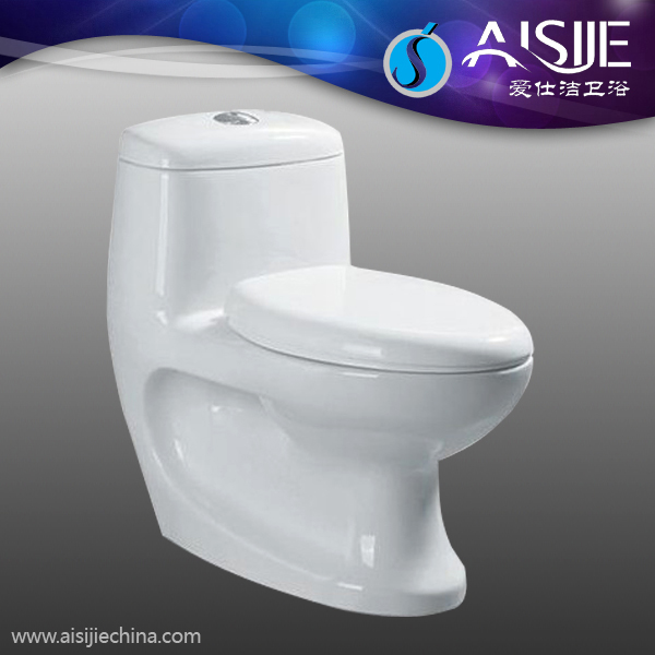 A3116 Bathroom Ceramic Stain Resistant Toilet Flushing Valve Washdown WC One Piece Toilet