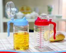 Creative kitchen supplies wholesale contracted oil can glass Creative glass capped oil can leak proof design