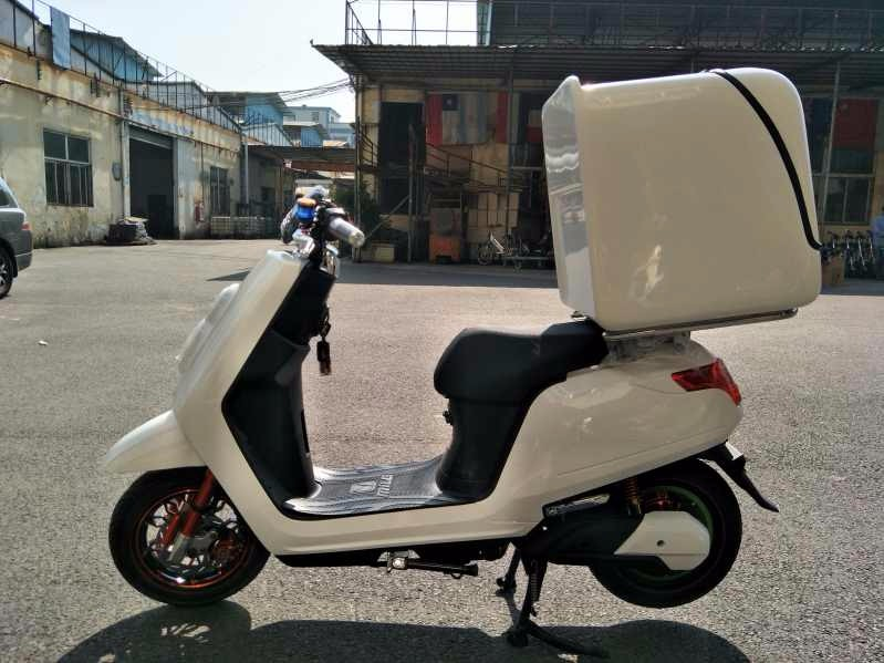 2017 new 2000W DHL delivery scooter electric/removable battery