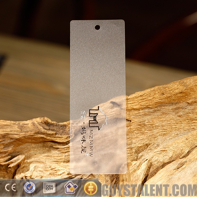 Customized professional plastic hang tag for clothing Best price high quality