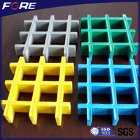 Light weight chemical resistant Plastic walkway grid