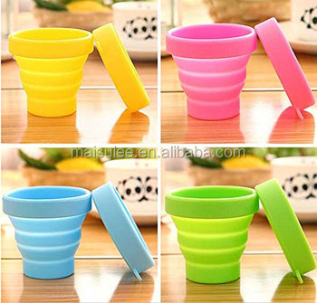 2013 new design foldable plastic drinking cup/folding drinking cup/silicone drinking cup
