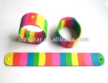 factory supplied silicone festival wristband rainbow clasp