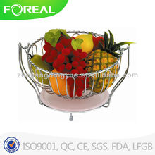 Round swing fruit basket with plastic tray