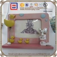 Alibaba Express Black 3D Resin Craft Photo Frames Mini Digital Photo Frame