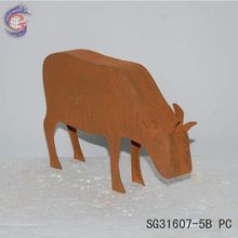 rusted metal cow for home metal arts decoration