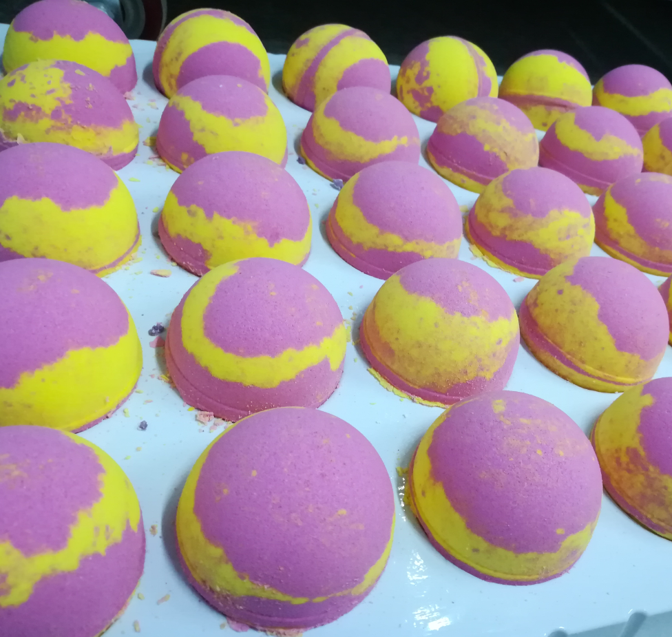 Handmade Oil Essence Bath Fizzer Personal Care Bath Bombs