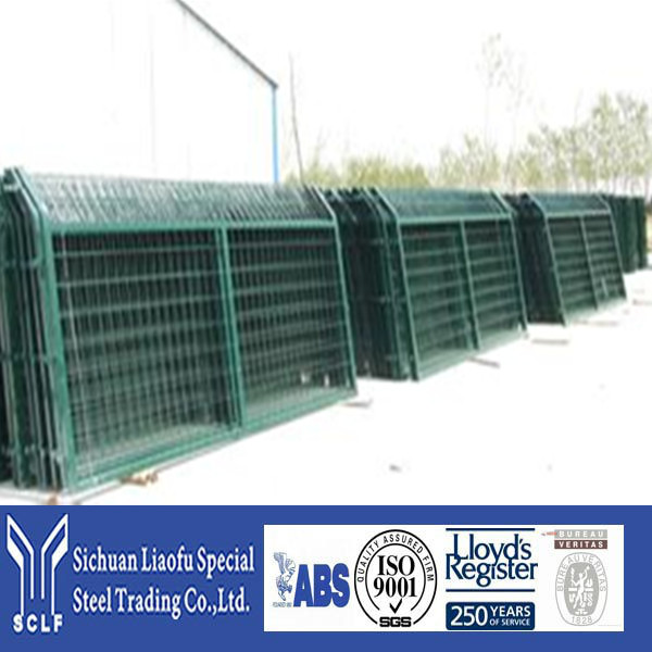 Direct Factory Price Metal Fence Pole With A Series Of Sizes
