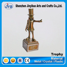 2016 New Design Custom Figure Sculpture Metal Trophy made in China