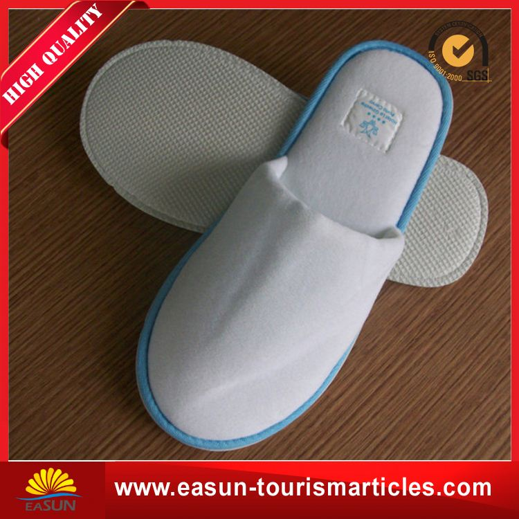 Low price soft sole hotel slippers soft disposable slippers for wedding new airplane slippers white