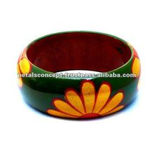 Colourful wooden bangle - handmade - exotic design - floral paint