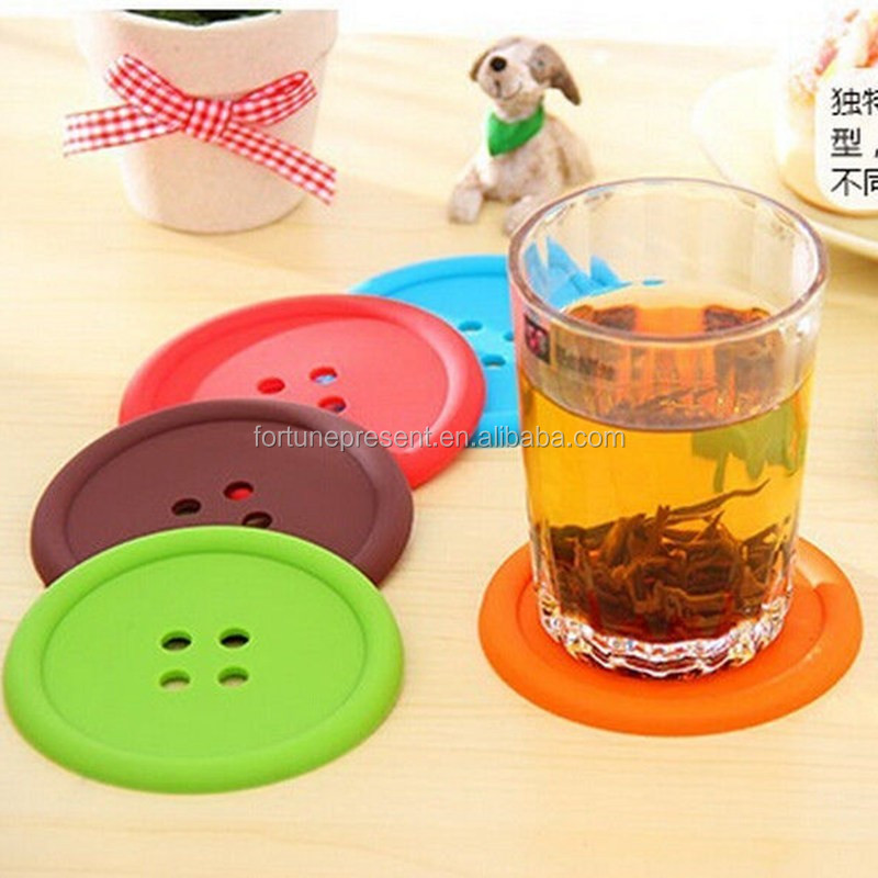 Hot sell Pure Color Creative Household Supplies Round Silicone Coasters Lovely Button Coasters Cup Mat