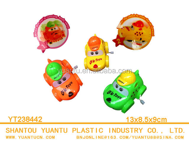 Hot Selling Wind Up Swinging Cartoon Car Toys