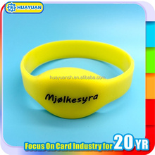 Laser Engraved Custom Logo Passive NTAG213 NFC Silicone GYM Wristband