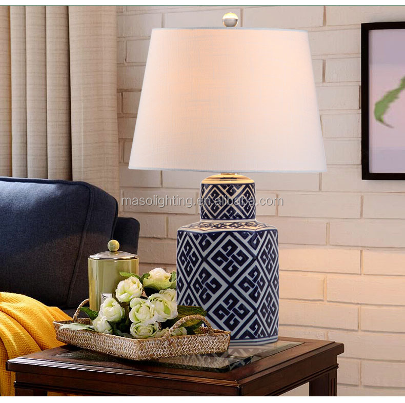 Ceramic table lamp Hot products luxury modern porcelain blue and white ceramic led hotel desk lamp bedroom table lamp