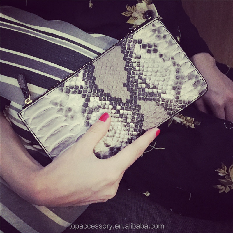 Fashion Style Snake Skin like Genuine Cowhide Leather Purse For Young Lady Wholesale
