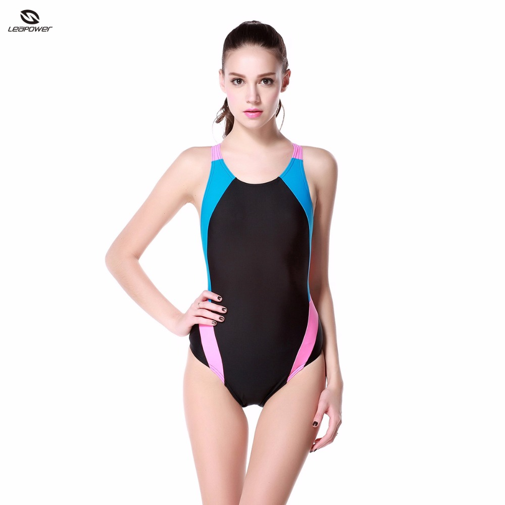 Classic Lycra Fabric Woman One Piece Padded Swimsuit for Swimmers