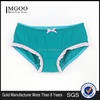 MGOO 2016 New Arrival Plain White Women Brief Lace Contrast Underwear Vibrating Panties Teens In MBB060