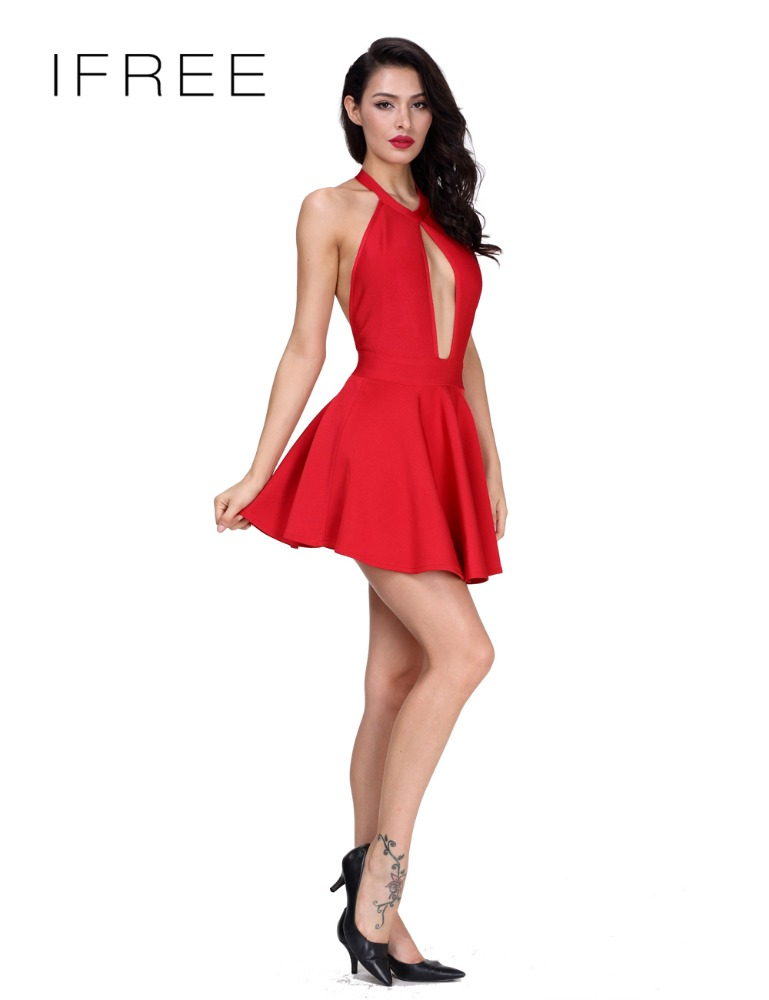 Платье с воланами спинка